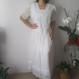 vintage Prairie  White dress